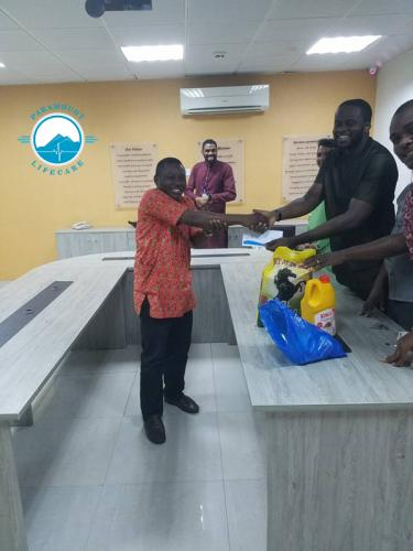 Paramount Lifecare Management Gifts to Staffs
